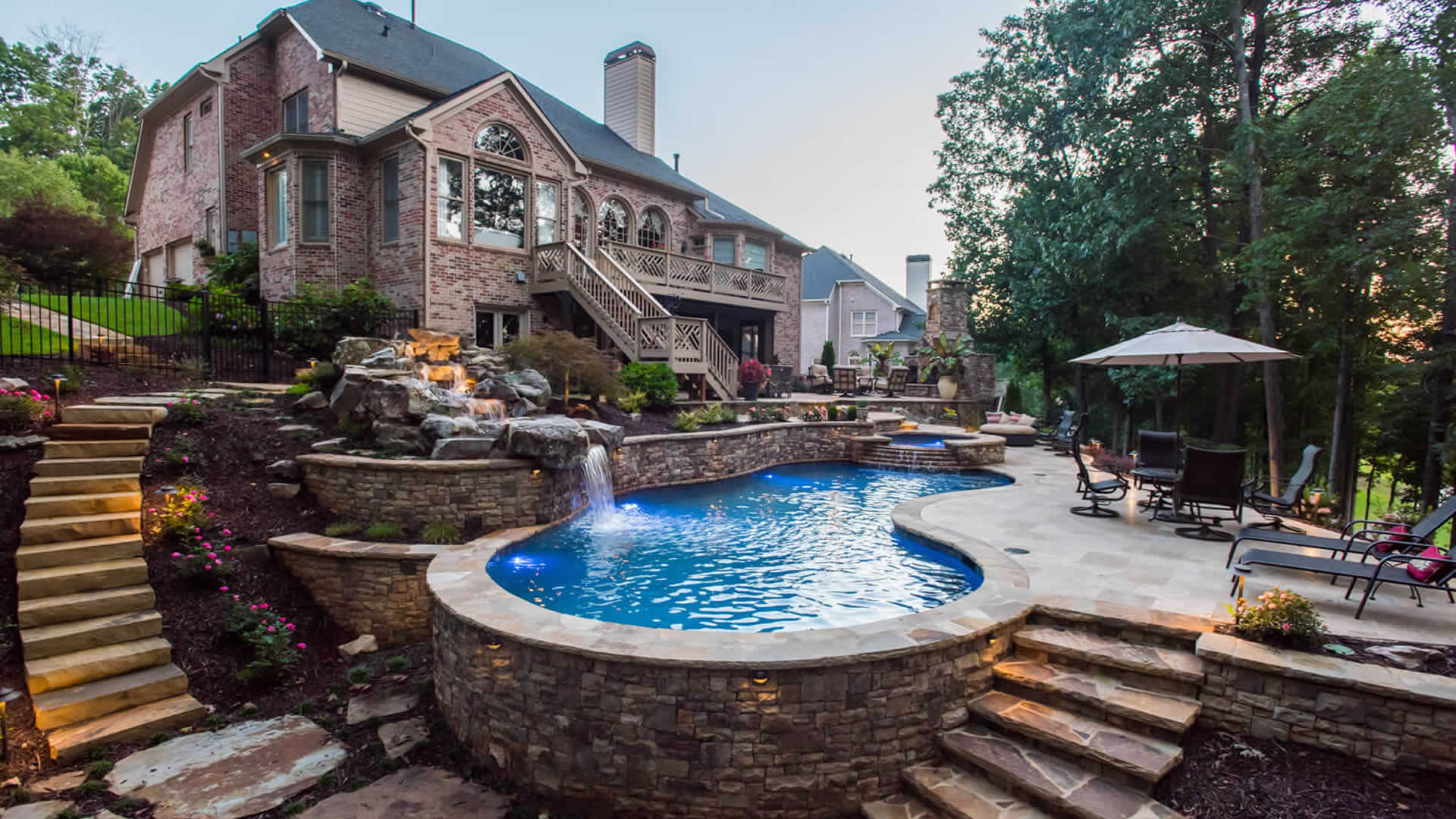Make your pool with the best pool builders post thumbnail image