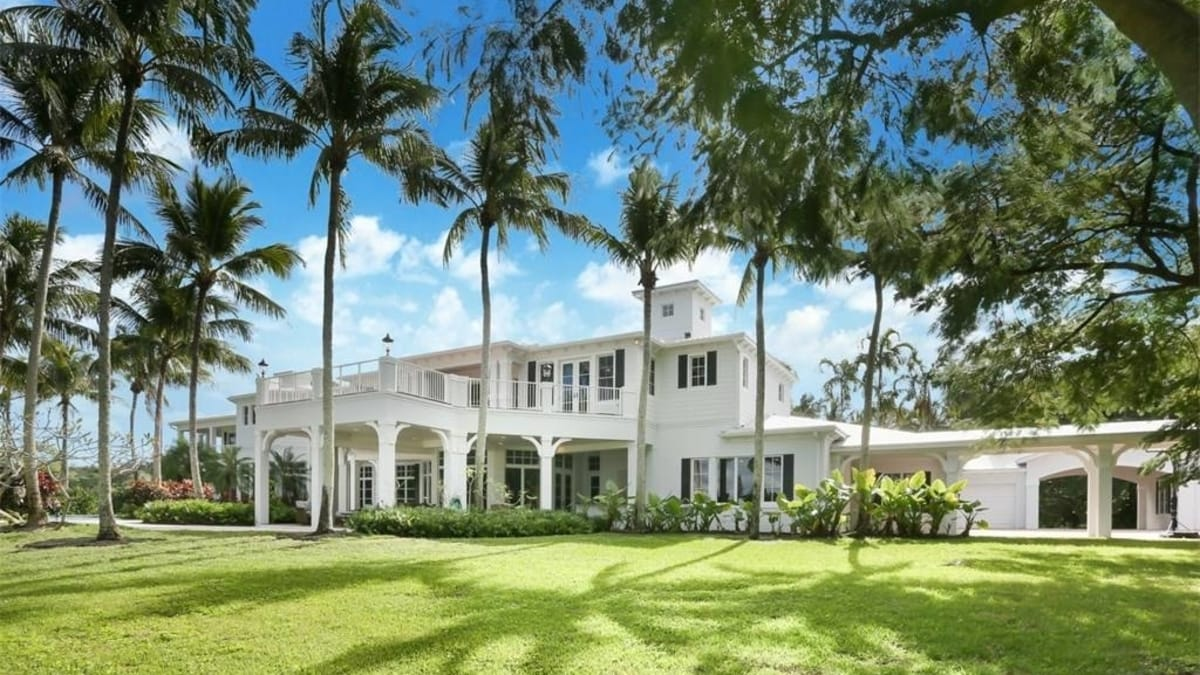 Get the best place to live with Boca Raton Real Estate agents post thumbnail image