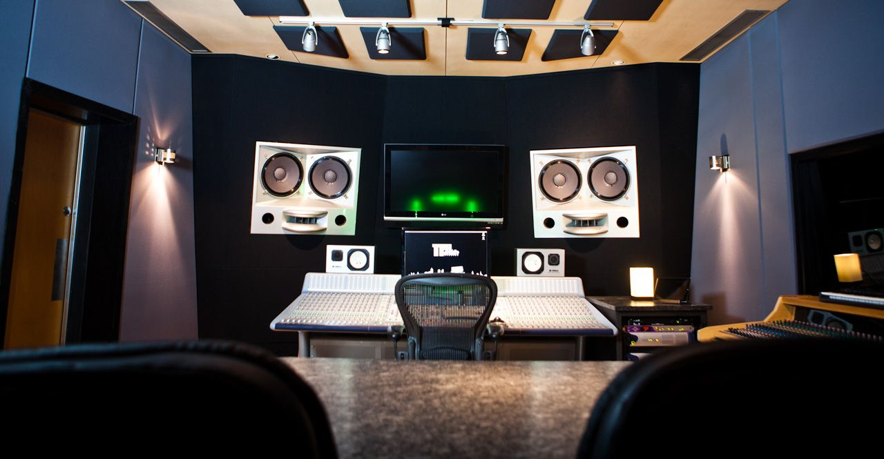 The best of studios in Atlanta helps you reach the top of stardom post thumbnail image