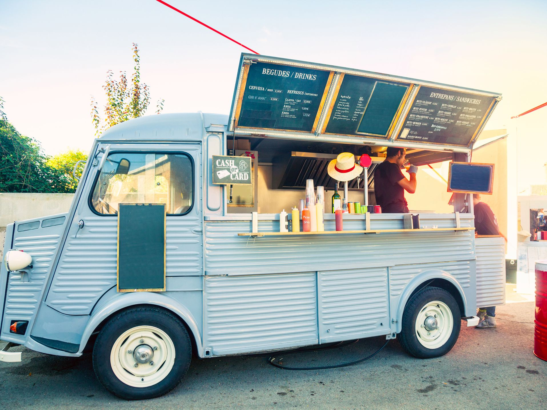 Why taking service from a NY food truck beneficial? post thumbnail image