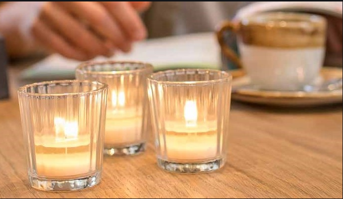 Types of wax wholesale candles available in the market post thumbnail image