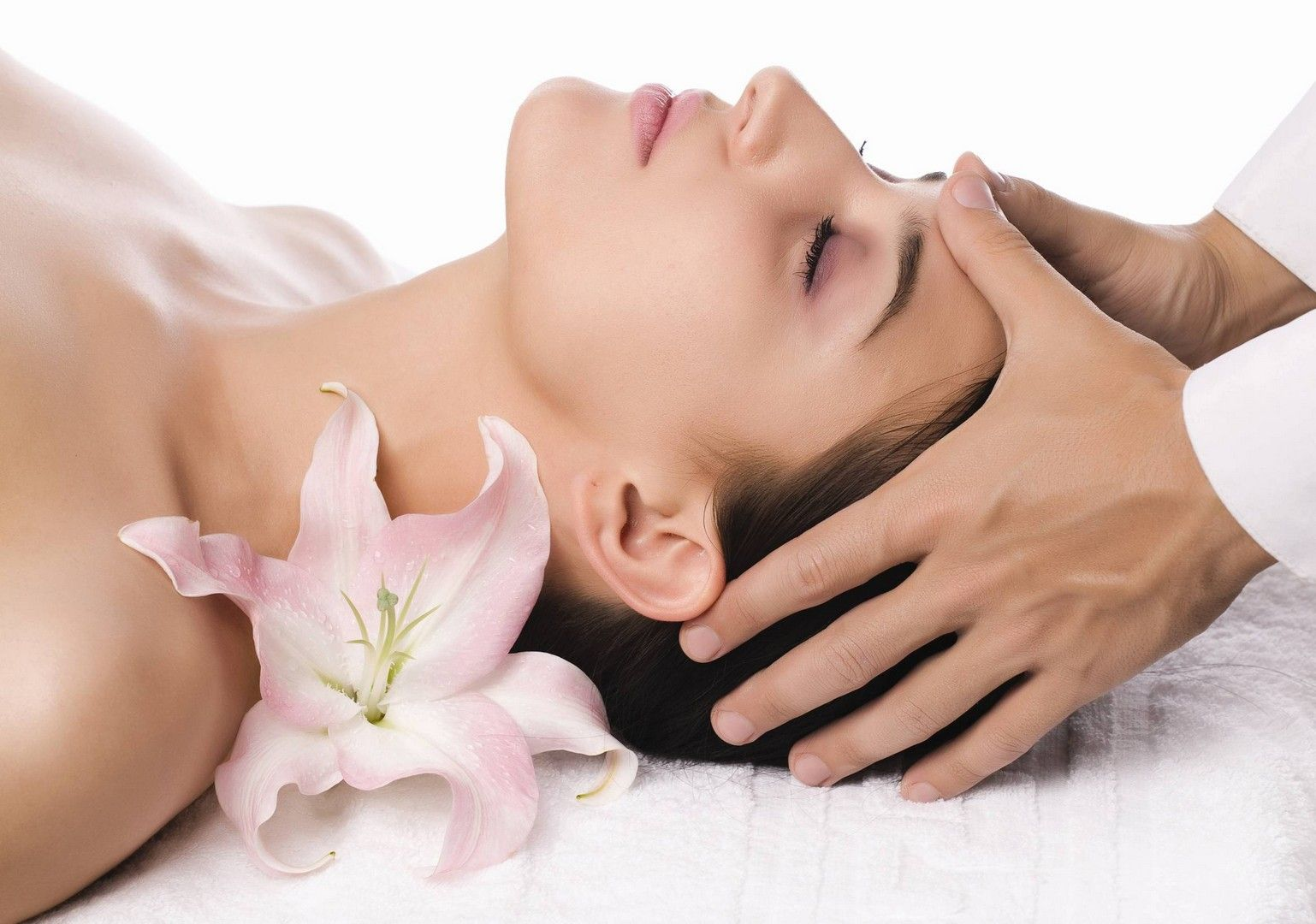 Understand the main reasons why people get a massage therapy. post thumbnail image